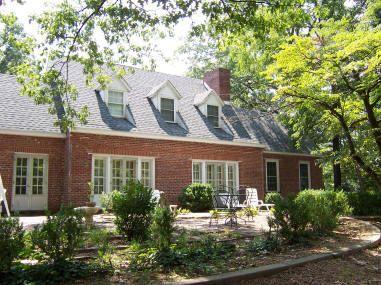 Merryman House Domestic Crisis Center
